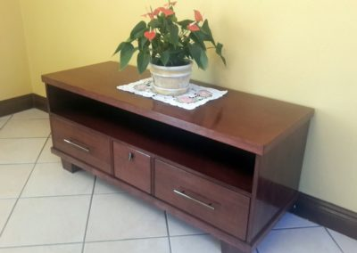 sapele tv unit
